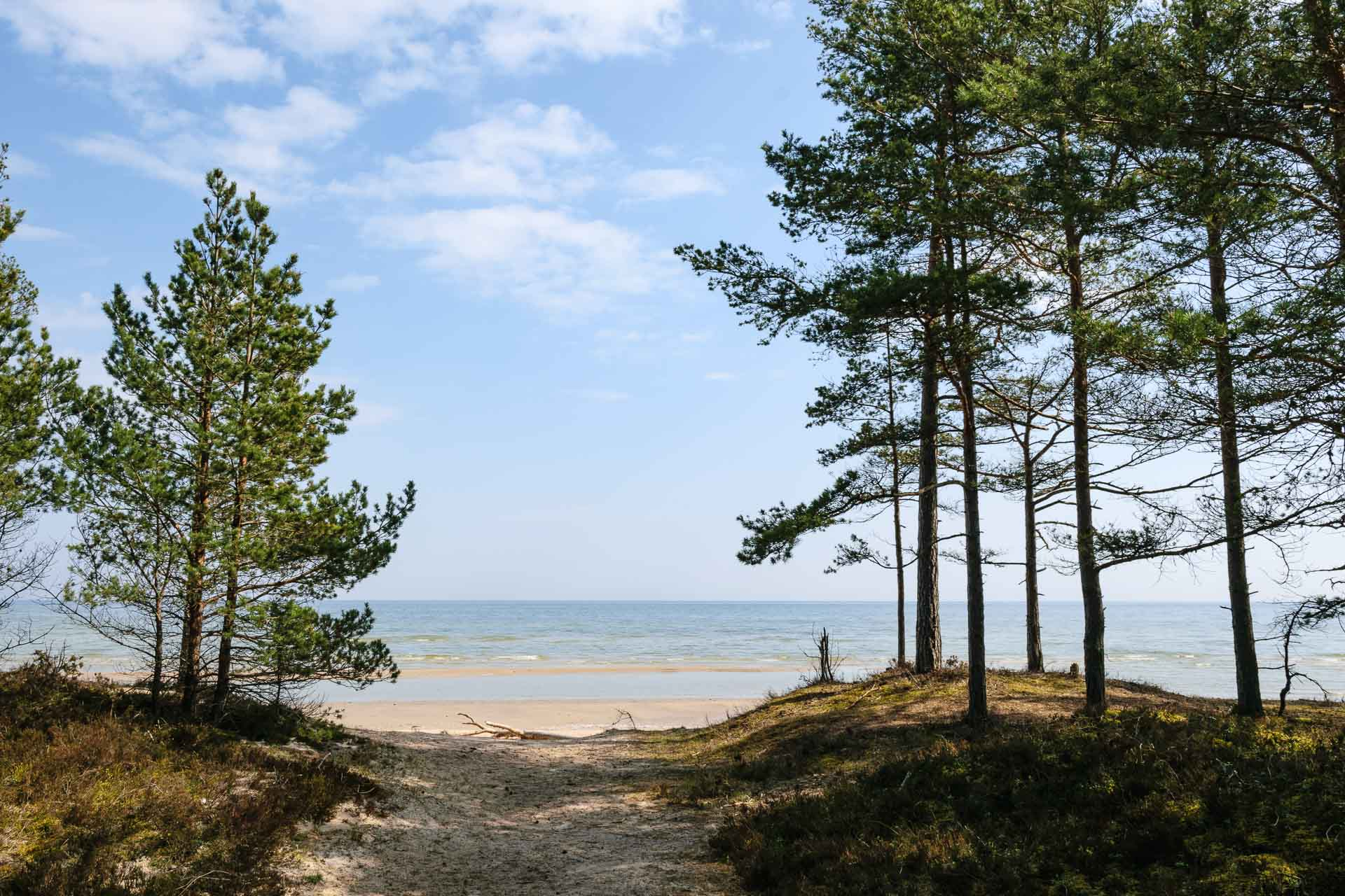Latvia seaside tour